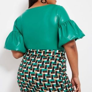 Plus Size  30/32 Green Bubble Sleeve Top